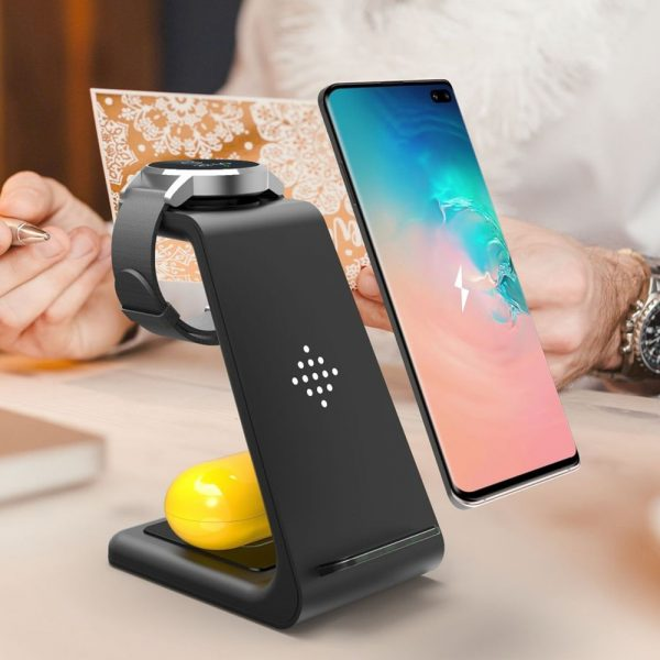 3 in 1 Wireless Charger 10W Fast Charging for iPhone and Samsung